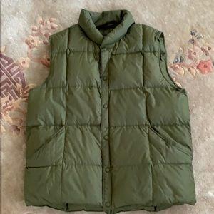 Lands end down vest. Color hunter green. Large.